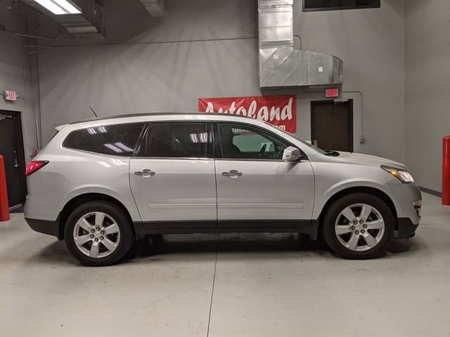 used 2017 Chevrolet Traverse car, priced at $24,989